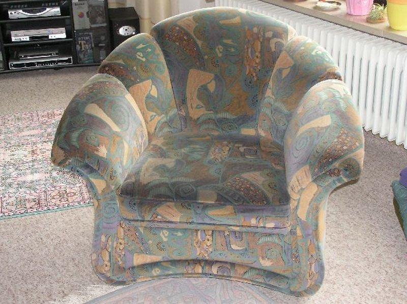 Alte Sessel vor der Verschönerung
